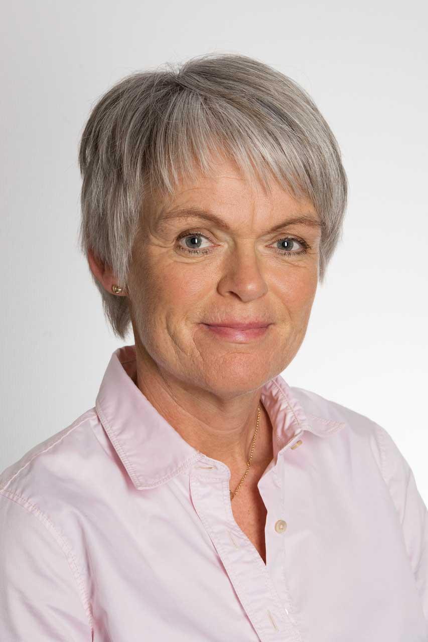 Gro E. Hovde